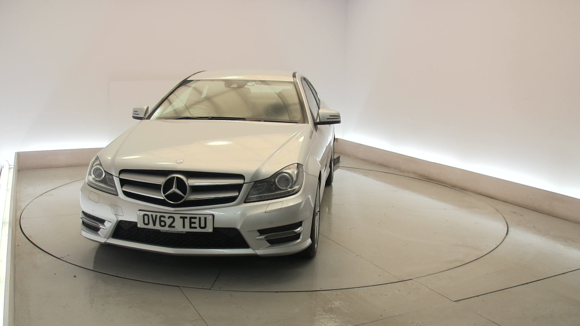 Used mercedes benz c class c180 1 6 blueefficiency amg for How much is a mercedes benz c class