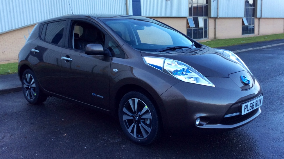 used nissan leaf tekna 30kwh 190311007 chorley blackpool nissan chorley nissan. Black Bedroom Furniture Sets. Home Design Ideas