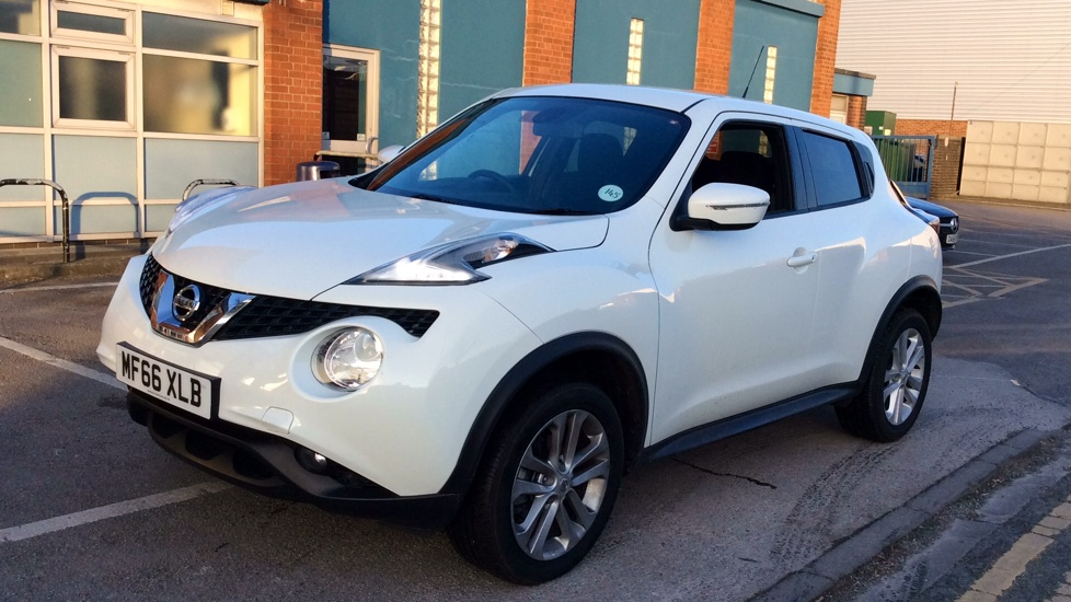 nissan juke 1 5 dci n connecta 5dr diesel hatchback 2016. Black Bedroom Furniture Sets. Home Design Ideas