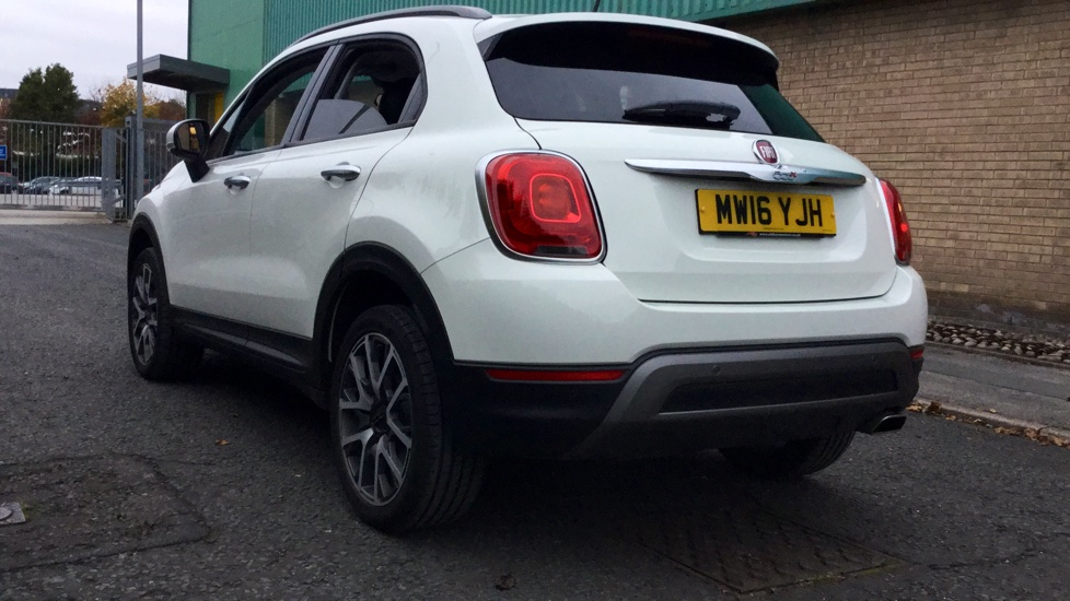 fiat 500x 1 6 multijet cross plus 5dr diesel hatchback. Black Bedroom Furniture Sets. Home Design Ideas