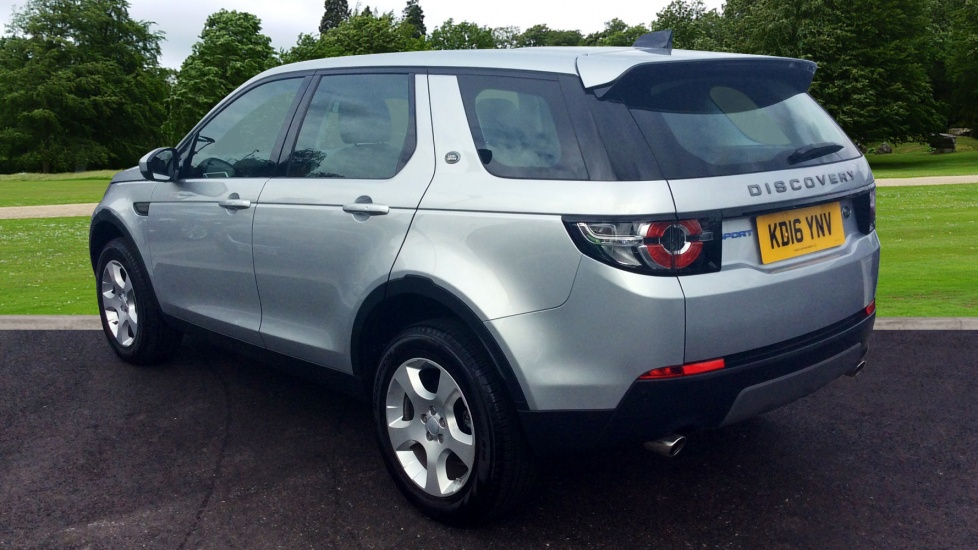 land rover discovery sport 2 0 td4 se tech 5dr 5 seat diesel 4x4 2017 kd16ynv in stock. Black Bedroom Furniture Sets. Home Design Ideas