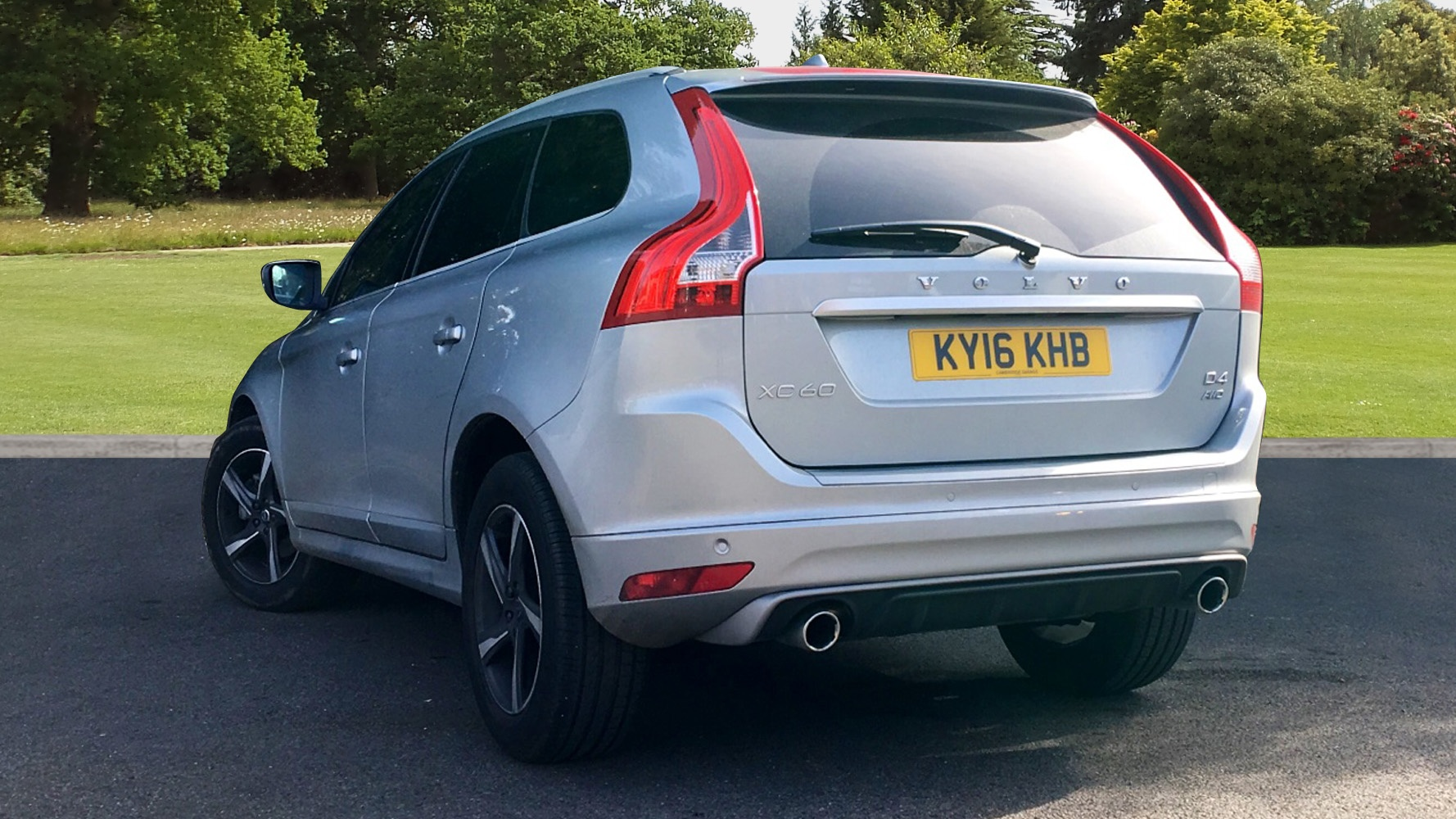 volvo xc60 d4 190 awd r design lux nav automatic used vehicle by cambridge garage havant havant. Black Bedroom Furniture Sets. Home Design Ideas