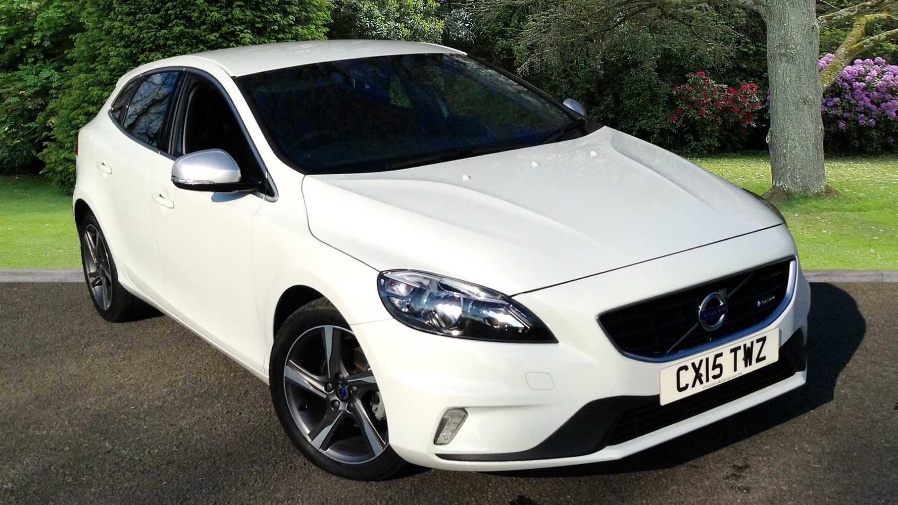 Volvo V40 D2 R-Design 1.6D Manual, Rear Park Assist ...