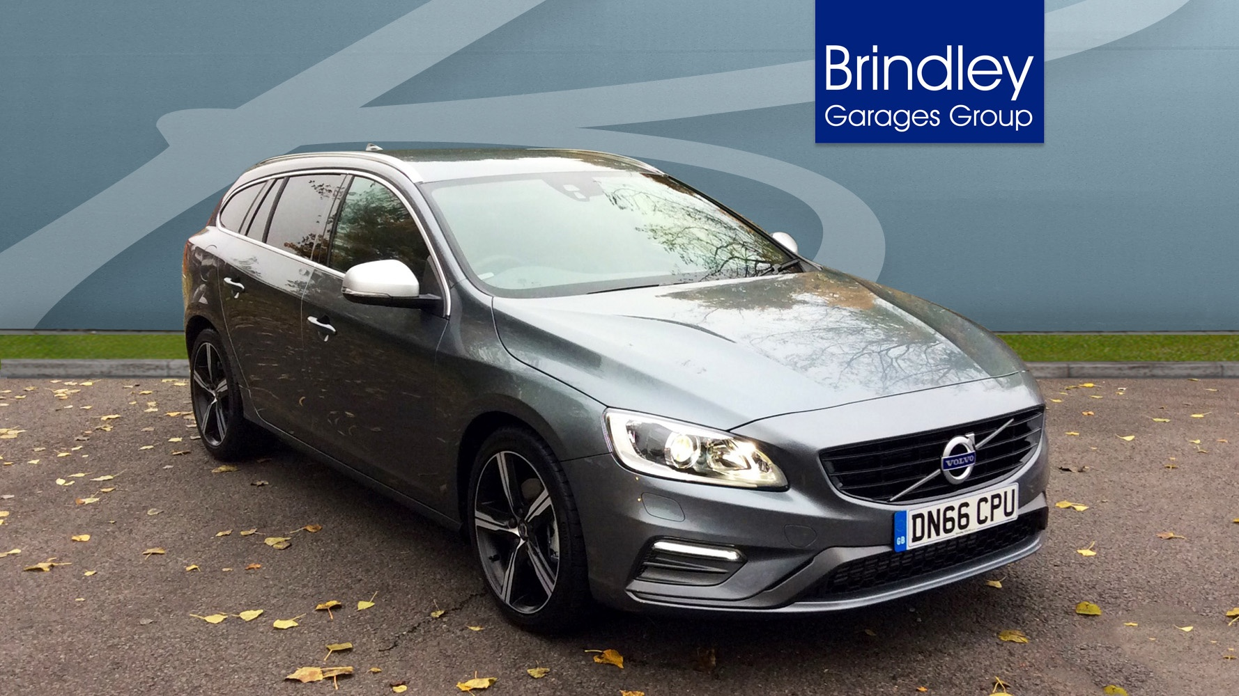 volvo v60 d4 r design lux nav winter pack dark rear tints gearshift paddles rear sensors. Black Bedroom Furniture Sets. Home Design Ideas